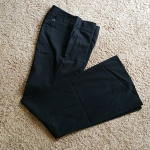 Black Drew fit dress pants.  6 L